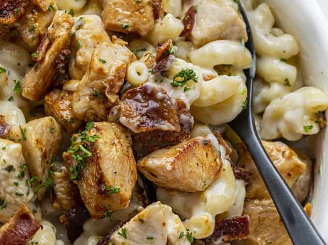 Our Favorite Recipes: Chicken Ranch Macaroni and Cheese